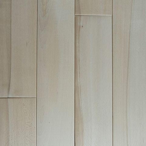 Pardoseala masiv din fag rustic, 140 x 600-2400 x 20 mm.